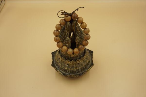 Đàn hương trong tâm linh sử dụng làm tràng hạt