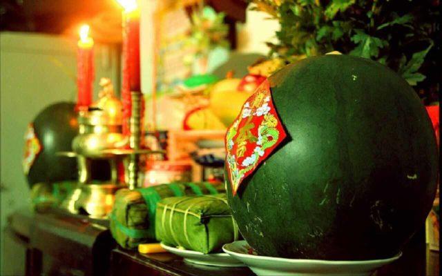 Phong tục thờ cúng ngày Tết của người Việt Nam có gì đặc biệt?