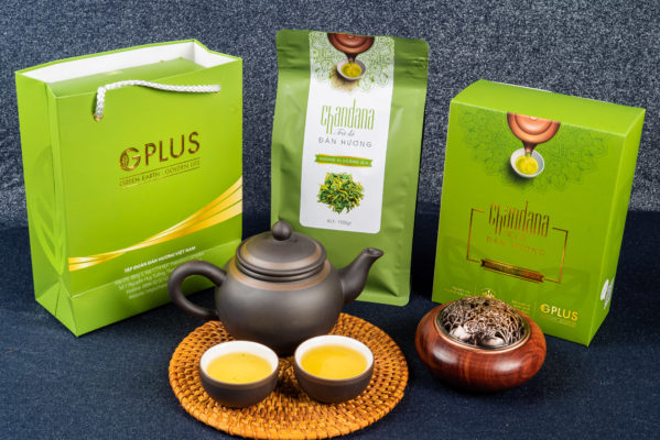 Quà biếu Tết là trà Đàn hương